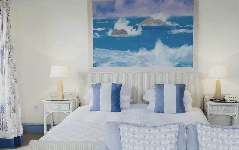 Decorate Your Home with Coastal Chic