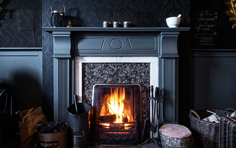 How to Decorate Fireplace Mantel 3 Useful Techniques