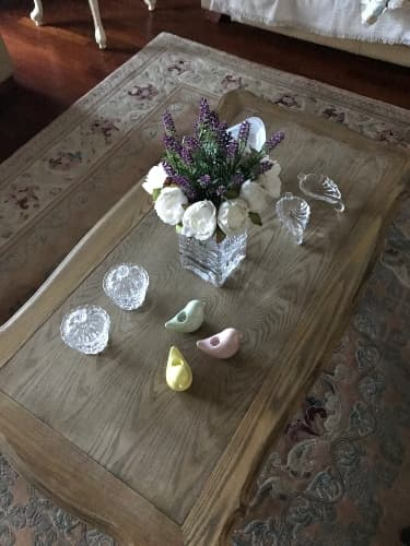 coffee table decor tips