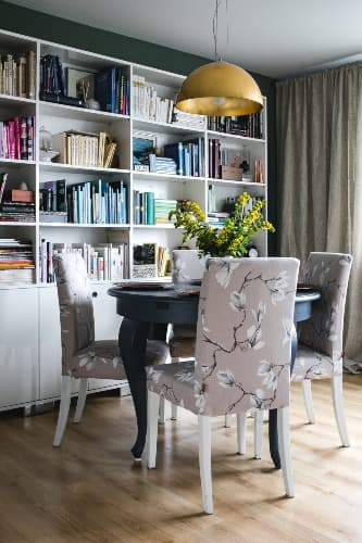 how to decorate dining tables